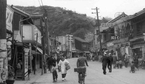 YokuskaStreet3